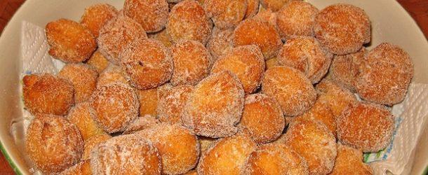 Le castagnole fritte: un dolce tipico di Carnevale