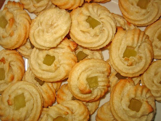 pasta di mandorle, biscotti