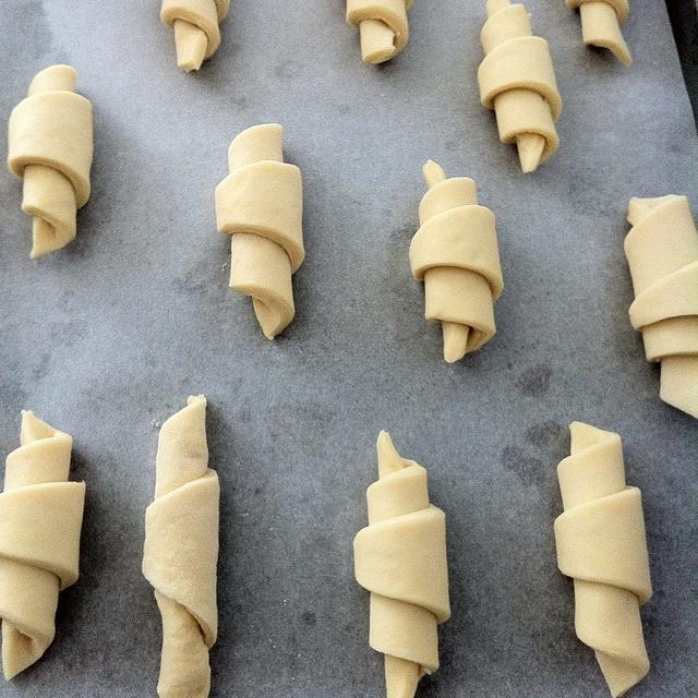 pasta brioche croissant