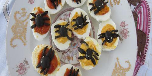 Ragni di Halloween con uova sode