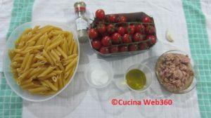Ingredienti per la pasta con tonno e pomodorini al forno