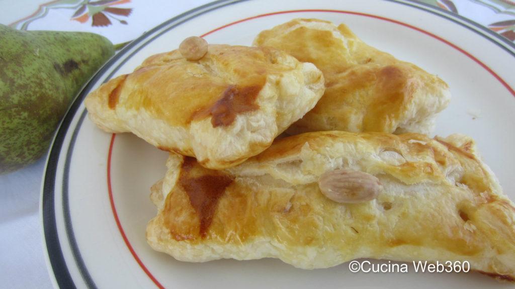 fagottini pere e brie con pasta sfoglia