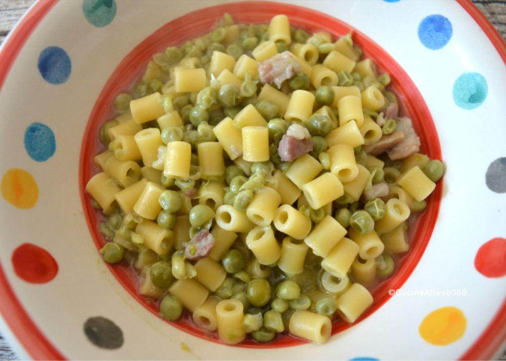 pasta piselli e pancetta
