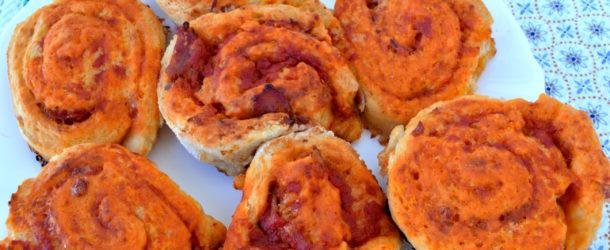 Girelle di pizza con mozzarella