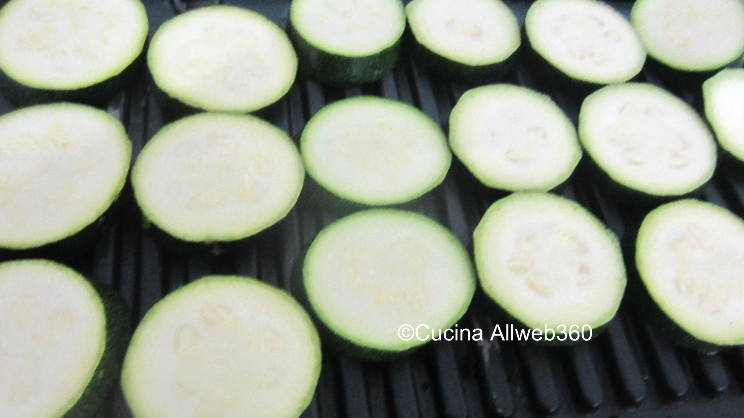 millefoglie di zucchine e mozzarella