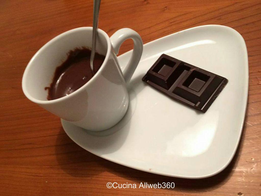 come fare cioccolata calda densa