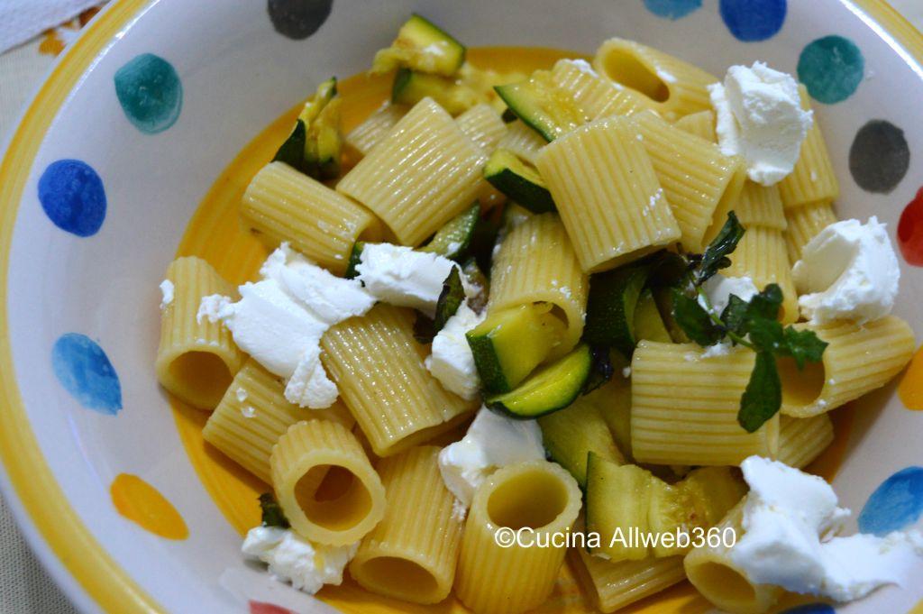 pasta con philadelphia e zucchine