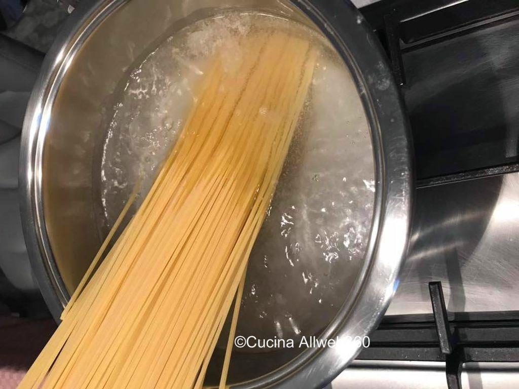 pasta con taralli napoletani