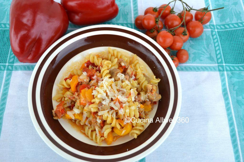 salsicce e peperoni