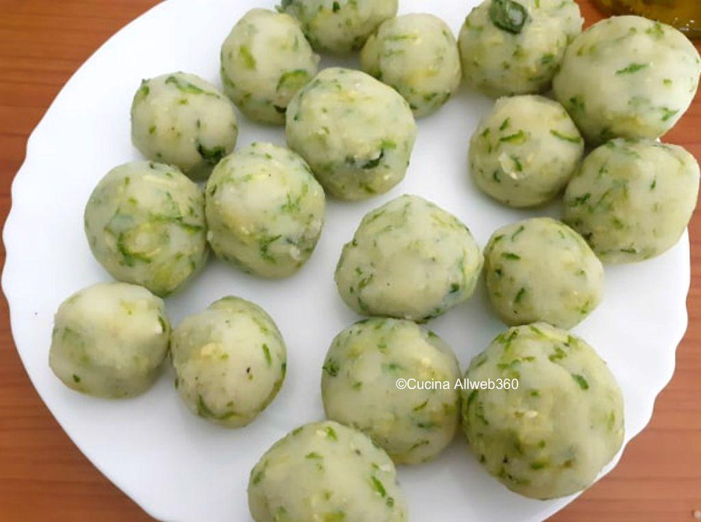 frittelle zucchine e patate al forno