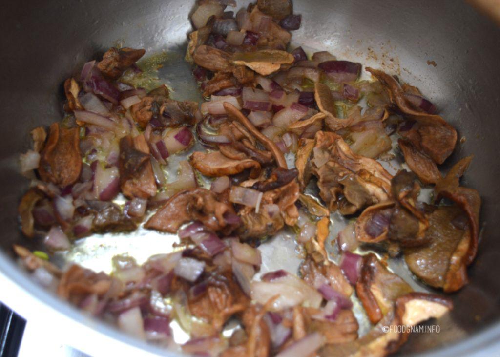 risotto con funghi secchi