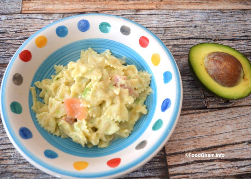 ricette pasta con avocado e salmone